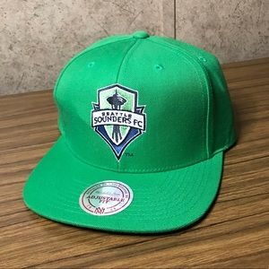 Mitchell & Ness Men's Hat Adjustable Fit Green
